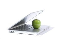 компьтер-книжка яблока стоковая фотография rf