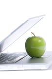 компьтер-книжка яблока стоковое изображение rf