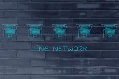 Компьтер-книжки подключили в линии структуре сети с титром Стоковые Фотографии RF