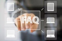 Компьютер значка знака сети вопросы и ответы кнопки дела Стоковое фото RF