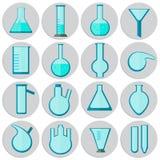 Комплекты стеклоизделия лаборатории, значки в плоском стиле Стоковое Изображение