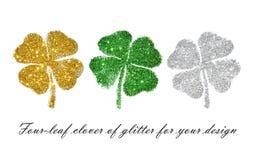 Комплект абстрактных клеверов 4-лист зеленого, золотого и серебряного яркого блеска для вашего дизайна Стоковая Фотография