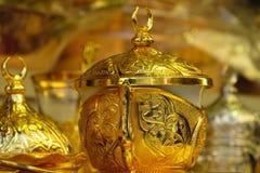 Комплект бака чая золота Стоковое фото RF