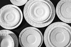 Комплект белых керамических текстурированных плит Стоковое Изображение RF