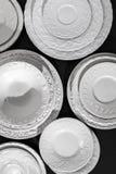 Комплект белых керамических текстурированных плит Стоковые Изображения RF