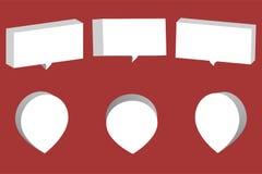 Комплект белых коробок и указателей болтовни 3D изолированных на красном backgrou Стоковое фото RF