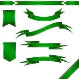 Комплект вектора зеленых ленты и знамен Изолировано на белизне иллюстрация вектора