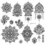 Комплект вектора индийских флористических орнаментов Пейсли иллюстрация вектора