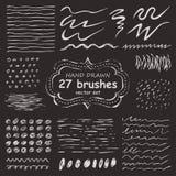 Комплект вектора 27 нарисованных вручную щеток grunge иллюстрация штока