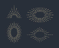 Комплект винтажных sunbursts в различных формах Иллюстрация вектора битника Стоковое Изображение RF