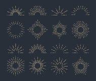 Комплект винтажных sunbursts в различных формах Иллюстрация вектора битника Стоковое фото RF