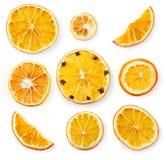 Комплект высушенных кусков и половины куска апельсина и лимона, изолированного на белизне Стоковое Фото
