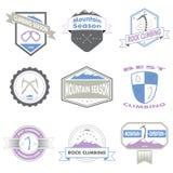 Комплект горы и взбираясь логотипов Стоковое фото RF