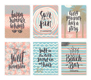 Комплект летних отпусков и тропических плакатов каникул или поздравительной открытки Стоковая Фотография