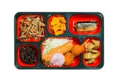 Комплект еды Японии зажаренных рыб и другого в коробке Стоковое Изображение