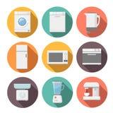 Комплект значков бытовых приборов плоских на красочном Стоковая Фотография
