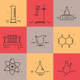 Комплект значков с оборудованием химической лаборатории Стоковые Фотографии RF