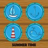 Комплект иллюстраций анкера, кита, шлюпки, маяка в круглой Иллюстрация вектора