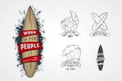 Комплект картин вектора для логотипов на теме воды, занимаясь серфингом, океана дизайна, моря, ладони, ленты, волны, surfbord Стоковое Фото