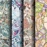 Комплект картин tracery красочных безшовных Изогнутые doodling предпосылки для ткани или печатать с mehndi и этническими поводами Стоковое Изображение RF