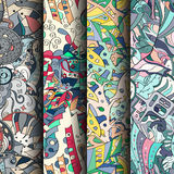 Комплект картин tracery красочных безшовных Изогнутые doodling предпосылки для ткани или печатать с mehndi и этническими поводами Стоковое фото RF