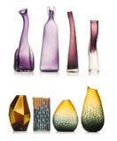 Комплект керамических ваз изолированных на белой предпосылке Стоковая Фотография