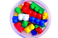 Комплект конструкции игрушки ребенка при красочные изолированные блоки Стоковое Изображение