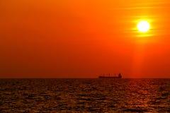 Комплект корабля & Солнця Стоковое фото RF