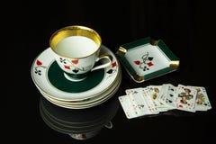 Комплект кофе сделанный из фарфора, играющ мост Стоковое фото RF