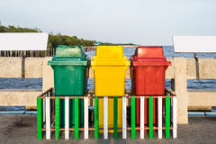 Комплект красного цвета желтого цвета зеленого цвета цвета ящика Стоковые Фото