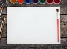 Комплект красок акварели, щеток для красить Стоковое Фото