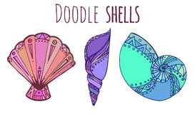 Комплект красочной иллюстрации Doodle seashell Стоковое Изображение RF