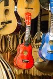 Комплект красочных классических моделей гитары Стоковая Фотография