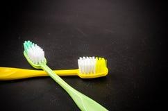 Комплект красочных toothbrushs Стоковые Изображения RF
