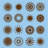 Комплект круглых элементов doodle на голубой предпосылке Стоковое Изображение