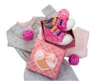 Комплект младенца одевает розовый и серый цвет Стоковые Фотографии RF