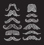 Комплект нарисованных рукой старых усиков моды Чертеж черного контура художнический Стоковое Изображение RF