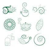 Комплект логотипа чая с листьями, чашки, чайник, пакетик чая и чай разветвляют Стоковое Изображение