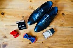 Комплект одежд groom Стоковая Фотография