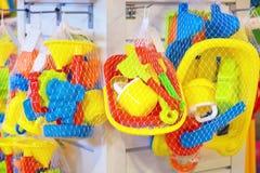 Комплект пестротканых игрушек для младенца в магазине Стоковая Фотография