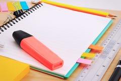 Комплект поставек канцелярских принадлежностей или математики офиса Стоковое Изображение RF