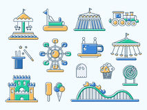 Комплект плоской линии значков парка атракционов дизайна Стоковые Изображения RF