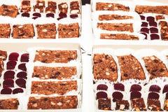 Комплект различных видов естественных десертов в коробке коробки тон Стоковая Фотография
