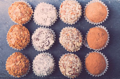 Комплект различных видов домодельных трюфелей шоколада тонизировано Стоковая Фотография RF