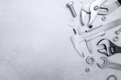 Комплект различных инструментов работы руки включая плоскогубцы ключей и c Стоковые Фотографии RF