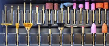 Комплект различных меля и режа аксессуаров для мини машины сверла Стоковые Фото