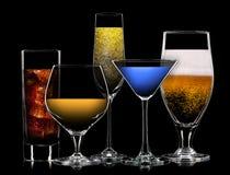 Комплект различных пить в различных стеклах Стоковое Изображение