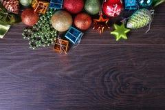 Комплект рождества и Нового Года Сферы, конусы ели Стоковая Фотография RF
