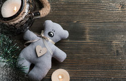 Комплект рождества с освещенными candkes и украшением Стоковые Изображения RF