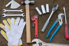 Комплект ручных резцов или инструменты работы предпосылка комплекта Стоковые Фото